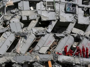 Taiwan quake: Woman pulled alive from rubble, 117 people still missing