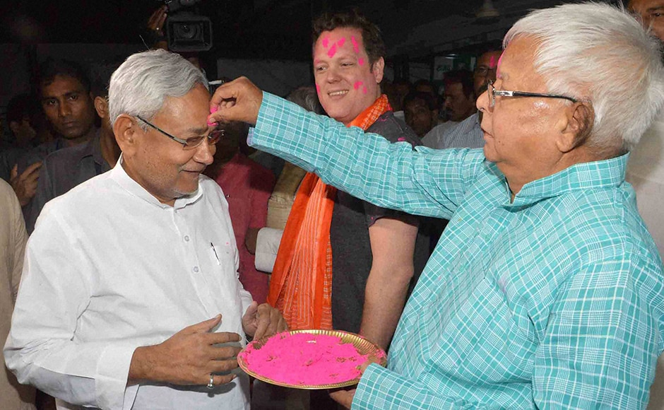 Bihar political circles too saw RJD chief Lalu Prasad Yadav and Bihar Chief Minister Nitish Kumar exchange gulal in Patna on Wednesday. PTI