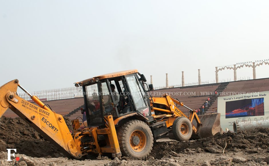 Construction work is seen taking place at the venue for the World Culture Festival. The Delhi Development Authority initially did not grant permission as the NGT has a standing order in place that prohibits any kind of event at the Yamuna banks. However, the DDA later granted permission. Naresh Sharma/Firstpost