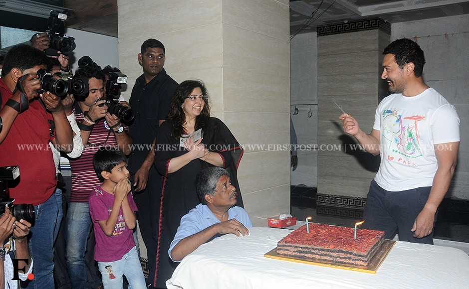 Aamir Khan celebrates his birthday with media and a cake. Sachin Gokhale/Firstpost