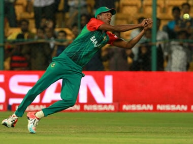 Bangladesh's Al Amin Hossain drops John Hastings's catch during the ICC World T20 match against Australia in Bengaluru, India on Monday. Solaris Images