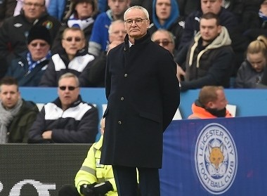 Leicester City's Italian manager Claudio Ranieri watches from the touchline during the English Premier League football match between Leicester City and Norwich City at King Power Stadium in Leicester, central England on February 27, 2016. / AFP / Paul ELLIS / RESTRICTED TO EDITORIAL USE. No use with unauthorized audio, video, data, fixture lists, club/league logos or 'live' services. Online in-match use limited to 75 images, no video emulation. No use in betting, games or single club/league/player publications. /