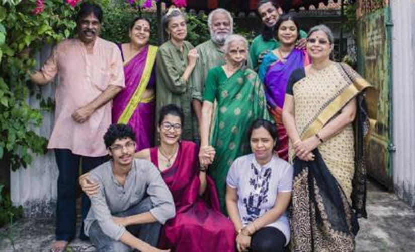 Samyuktha with family