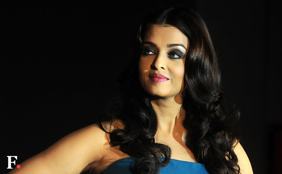 L'Oreal Paris announced that Aishwarya would be attending the Cannes festival on 13 and 14 May, while Sonam Kapoor would be present on 15 and 16 May<br /> Sachin Gokhale/Firstpost