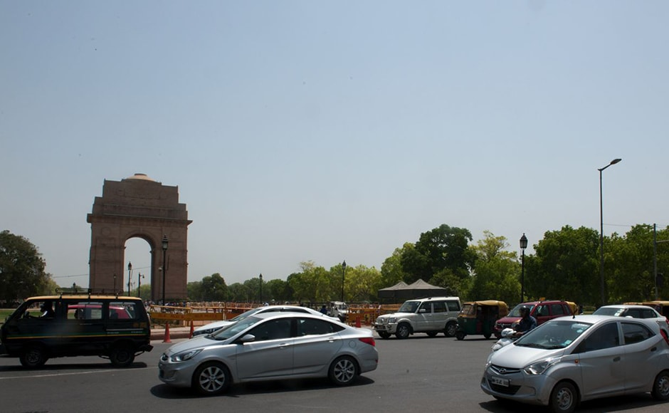 An unusual view around India Gate: Smooth, congestion-free traffic was seen around the busy area on Monday. Today only even-numbered cars were allowed on the roads. Firstpost/Naresh Sharma