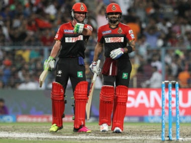 AB de Villiers (left) and Virat Kohli stitched an unbeaten 115-run stand for the second wicket. Sportzpics/IPL