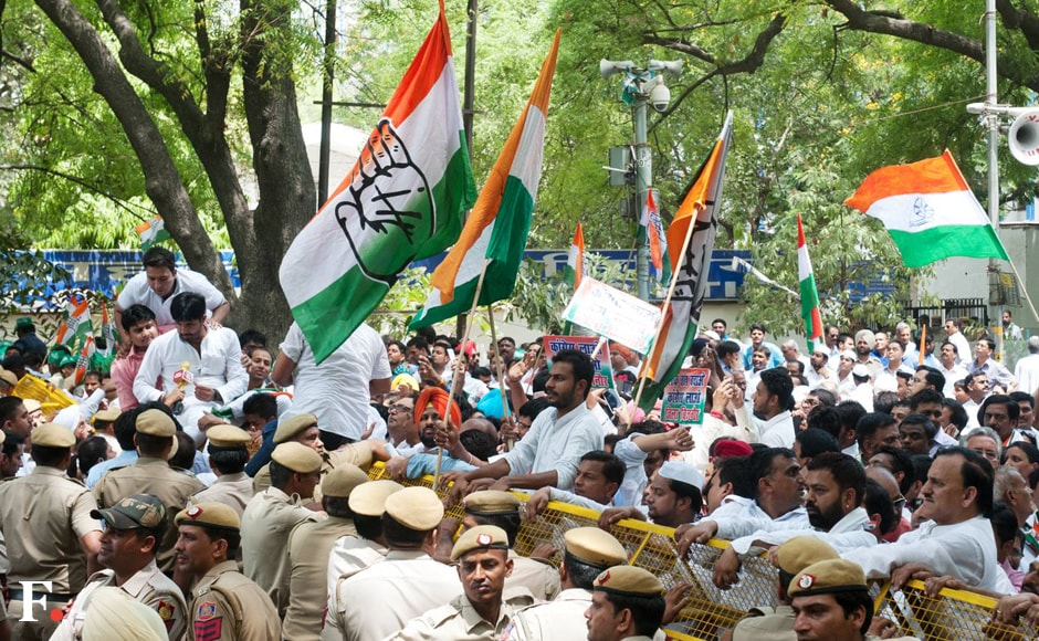 Scores of Congress leaders took to the streets of national capital in a 'Save Democracy' march to protest against the Centre. Naresh Sharma/Firstpost