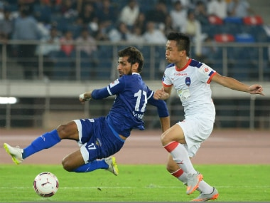 Zodingliana Ralte (right) played has played for Delhi Dynamos. AFP