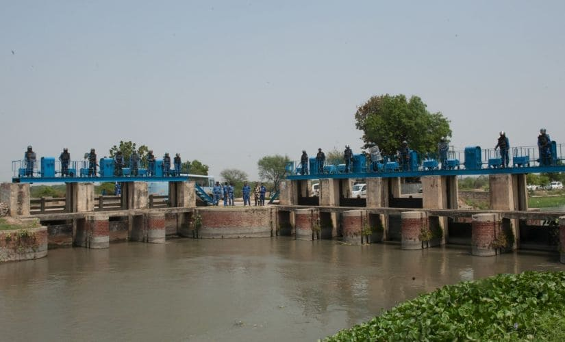 Armed personnel of Central Paramilitary Forces guarding Munak Canal like a fort. Naresh Sharma