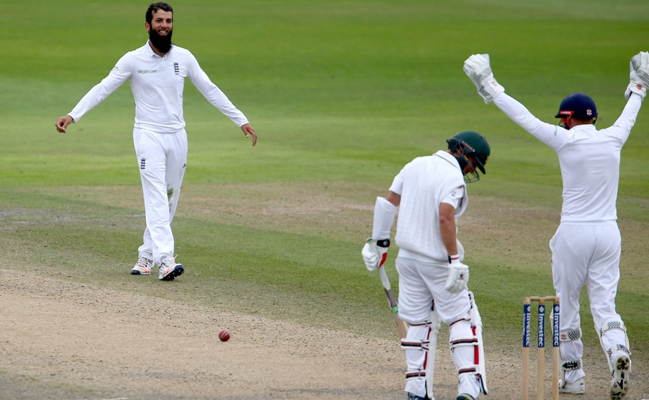 England spinner Moeen Ali (left) celebrates after trapping Yasir Shah lbw on Day 4 of the 2nd Test. Ali finished with figures of 3/88. AP
