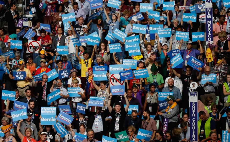 Ardent Sanders followers, who marched for hours in punishing heat on Monday, planned to do so again seemed intent on keeping his upstart campaign alive. Photo: Reuters