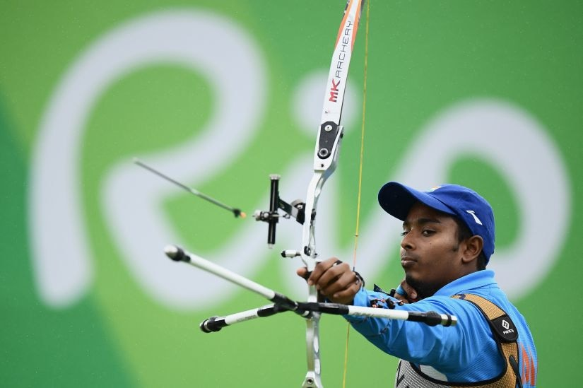 RIO DE JANEIRO, BRAZIL - AUGUST 12: Atanu Das of India competes in the Men's Individual round of 8 Elimination Round on Day 7 of the Rio 2016 Olympic Games at the Sambodromo on August 12, 2016 in Rio de Janeiro, Brazil. (Photo by Matthias Hangst/Getty Images)