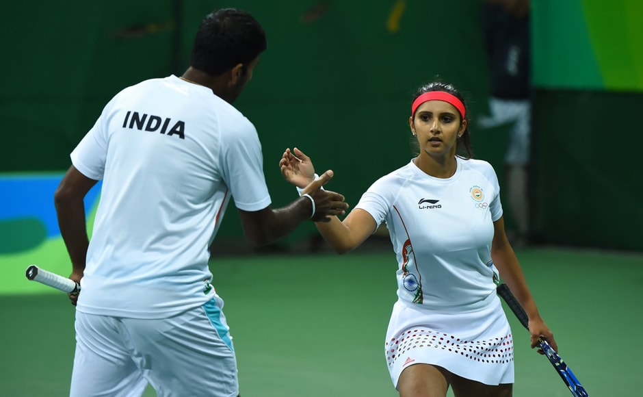India's Sania Mirza and Rohan Bopanna entered the quarterfinals of the mixed doubles event with a straight-set win over Australian pair of Samantha Stosur and John Peers. Image Courtesy: Twitter/OlympicsTennis