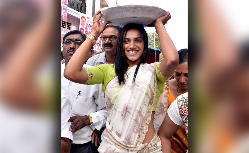 Clad in a 'half saree' and carrying a 'bonam' (offering) on her head, the star shuttler visited the temple in the old city's Mahankali area and offered prayers. PTI
