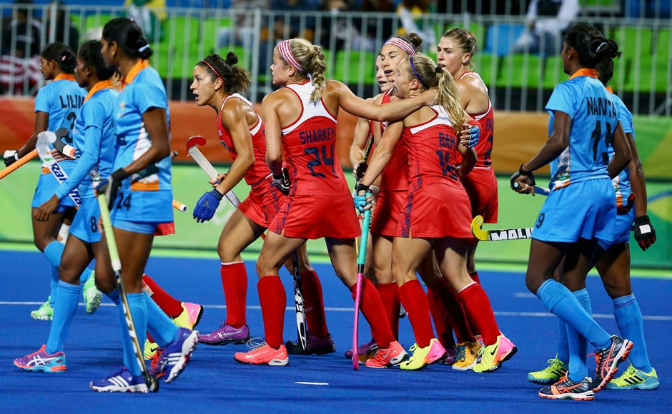 Indian women's hockey team yet again produced a lacklustre performance as it was outplayed by USA 0-3 to slump to its third successive loss in the Rio Olympics. Reuters
