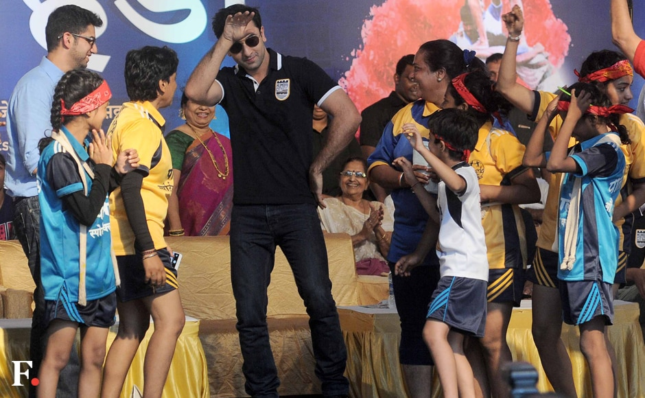 Ranbir breaks a leg with some kids. Sachin Gokhale/Firstpost