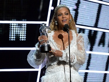 MTV VMA 2016: Beyoncé wins 21 awards, Drake is in love with Rihanna, Britney Spears is back