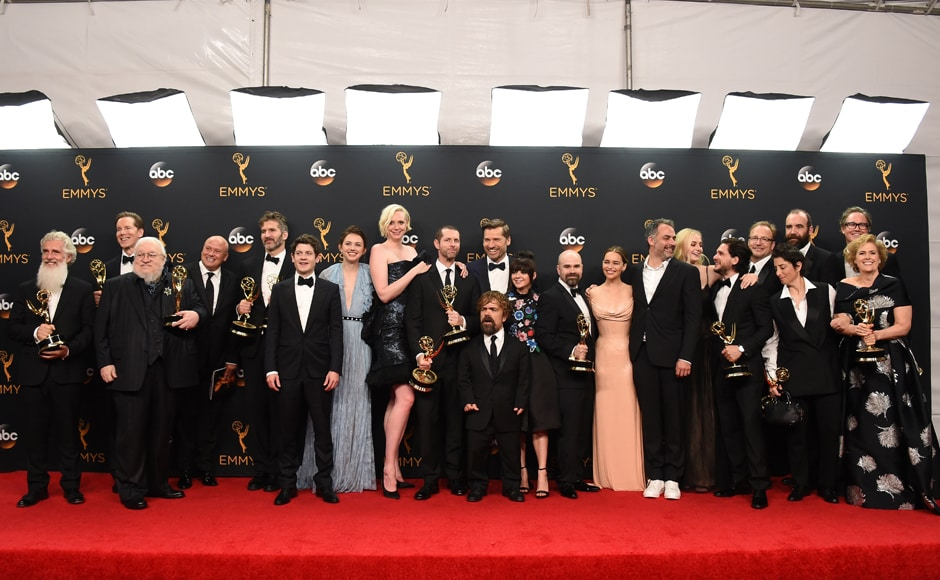 The cast and crew of 'Game of Thrones' winners of the award for outstanding drama series pose in the press room at the 68th Primetime Emmy Awards on Sunday, Sept. 18, 2016, at the Microsoft Theater in Los Angeles. (Photo by Jordan Strauss/Invision/AP)