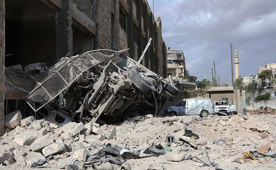 Air strikes and shelling in Aleppo is expected to continue. Some water stations supplying the city were also hit. Air strikes in Ansari neighborhood also destroyed ambulances. Photo: AP