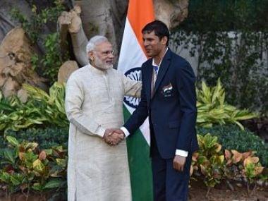 PM Modi congratulating Devendra Jhajharia. Twitter