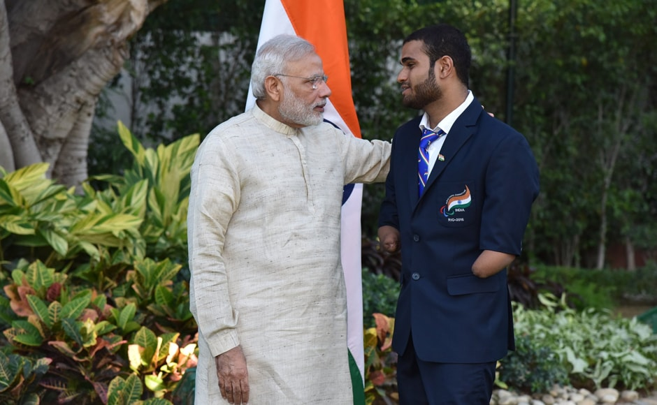 """Suyash Jadhav is an ace swimmer and has secured laurels in many tournaments,"" PM Narendra Modi tweeted after meeting him. Image courtesy: Twitter/@narendramodi"