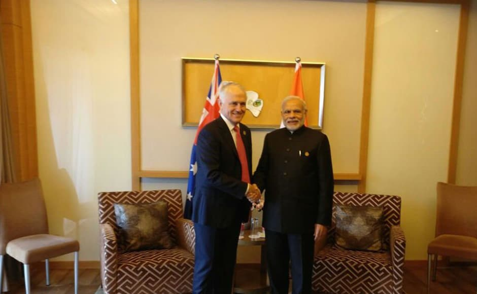 PM Modi also met the Australian PM Malcolm Turnbull after the meeting to discuss aspects of India-Australia relations & how to strengthen them. Image courtesy: Twitter/ @narendramodi