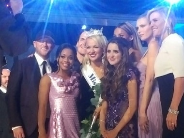 Savvy Shields poses with judges Gabby Douglas (L) and Laura Marano (R). Image via Twitter.