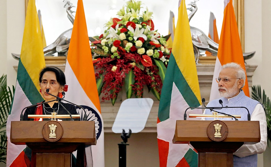 "Suu Kyi called India ""the greatest democracy in the world"" in her press briefing and said that Myanmar is a young democracy, ""The time has come for us to say that, yes we can do this"". Photo: Reuters"