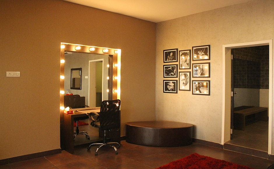 Finally have a sneak peek at the dressing room area, will Salman Khan will get ready to entertain viewers and the contestants of Bigg Boss 10. Firstpost/Seema Sinha