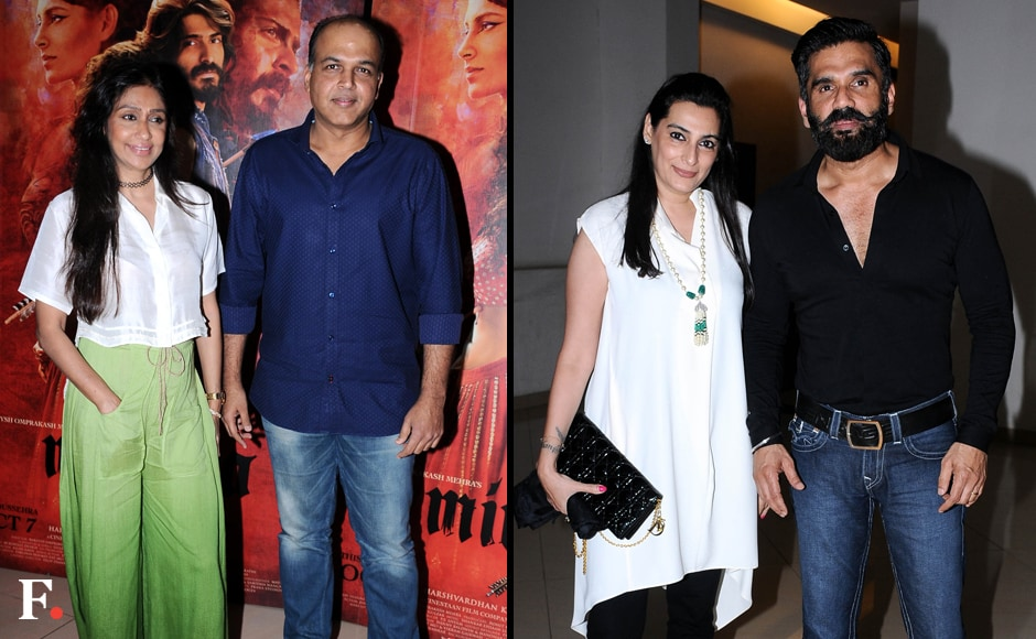 Aashutosh-Gowarikar-with-wife-Suneeta,-Sunil-Shetty