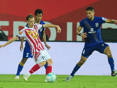 ATK's Javi Lara in action against Mumbai City FC on Tuesday. Sportzpics