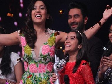 Neeti Mohan with Nishtha Sharma at The Voice India Kids Grand Finale