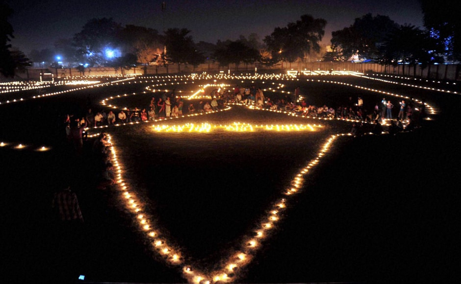 Amid tension on the border with Pakistan, Prime Minister Narendra Modi on Sunday saluted the valour of the armed forces and lauded their sacrifice while dedicating the festival of Diwali to them. (Photo: PTI)