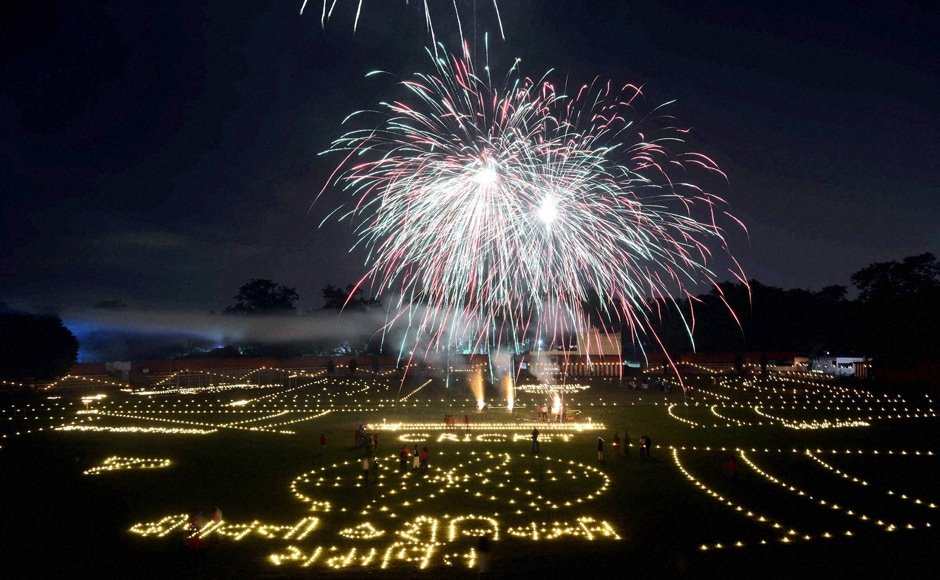 As people across India are celebrating Diwali, the festival of lights has lightened up the nation. This is a view of a fireworks show at Madan Mohan Malviya Stadium in Allahabad. The festival is being dedicated to the Indian soldiers. (Photo: PTI)