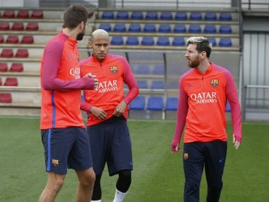 Samuel Umtiti, Neyman and Lionel Messi attend the Barcelona practice session. Image courtesy: FC Barcelona via Twitter