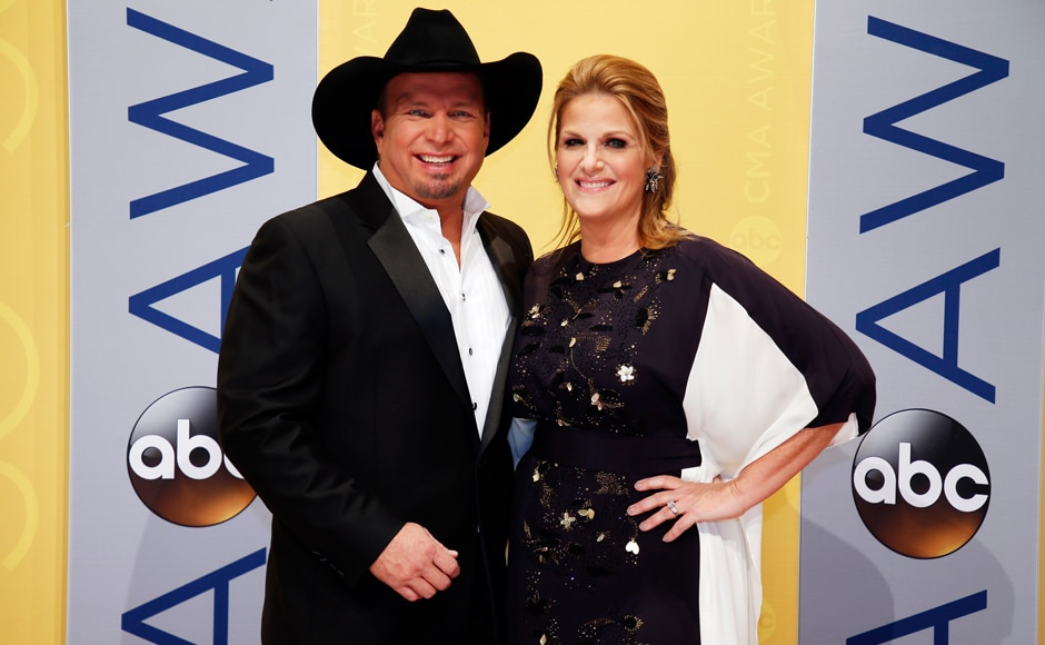 Musician Garth Brooks posing with singer Trisha Yearwood at the event night. (Photos: PTI))