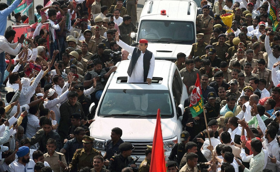 However, the hi-tech customised rath of Chief Minister Akhilesh Yadav broke down after barely covering a kilometre, forcing him to switch to his official vehicle to continue his state-wide tour on Thursday. PTI
