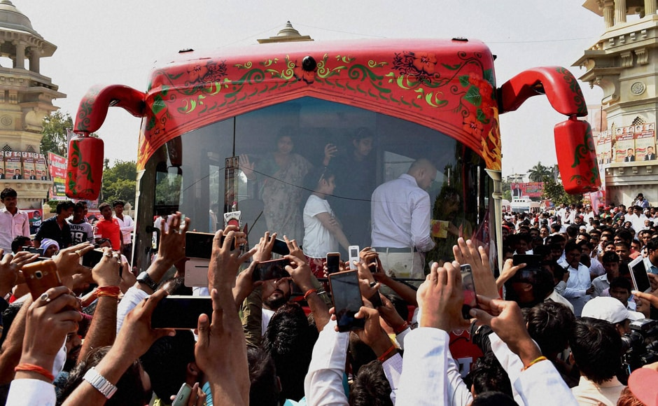 The Vikas Rath Yatra was all set to bring the state capital and the Lucknow-Kanpur highway to a grinding halt. PTI
