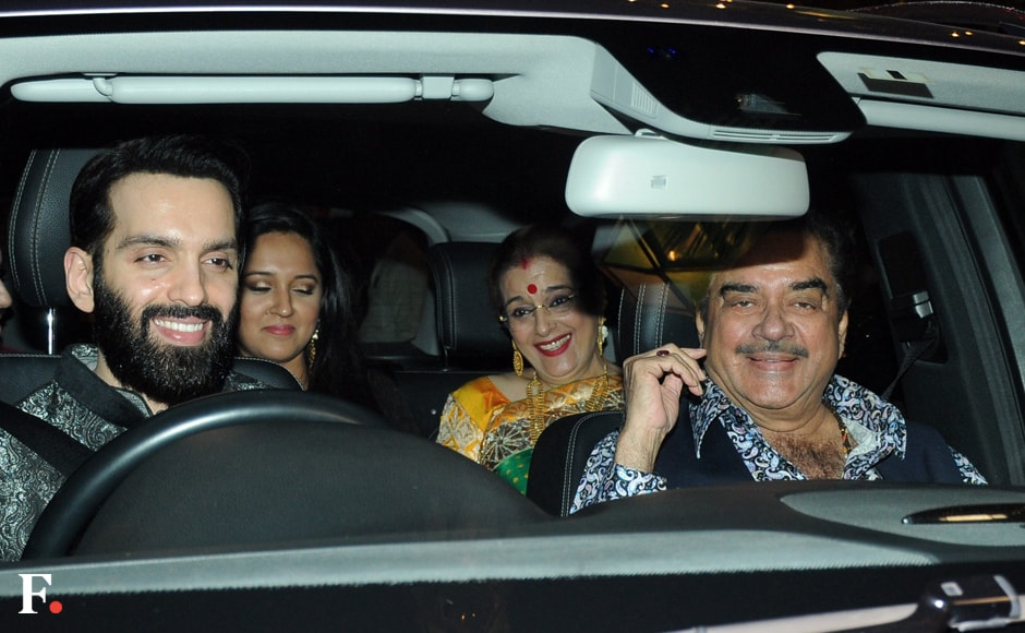 The grand-daddy of all Bollywood Diwali bashes was held on Monday night by the Bachchan family at their bungalow, Jalsa, in Juhu. As Amitabh, Jaya, Abhishek and Aishwarya Bachchan played host, a steady stream of celebrities made their way to the party, beginning with Shatrughan and Poonam Sinha, and their family. Image by Sachin Gokhale/Firstpost