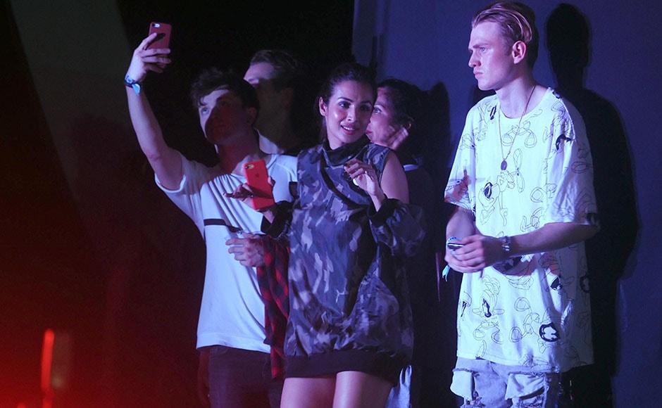 Malaika Arora Khan along with band members of UK based <em>The Vamps.</em> Sachin Gokhale/Firstpost