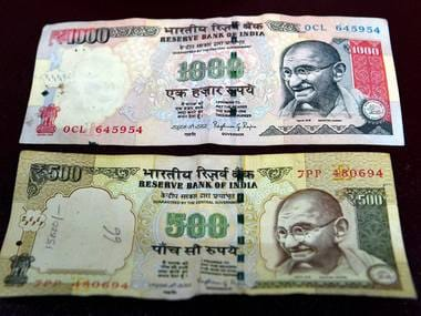 New Delhi: Rs 500 and Rs 1000 notes which will be discontinued from Tuesday midnight as a step to curb black money. Prime Minister Narendra Modi said during his address to the nation in New Delhi on Tuesday. PTI Photo by Shahbaz Khan (PTI11_8_2016_000318B)