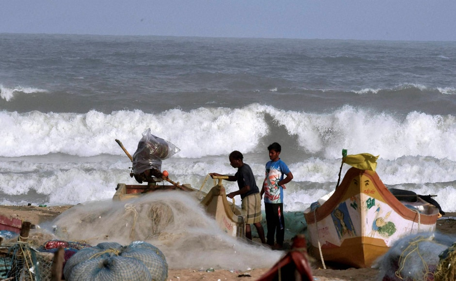 The storm currently lays centred about 1070 km east-southeast of Chennai, 1030 km east-southeast of Puducherry and 720 km east-southeast of Trincomalee (Srilanka). PTI