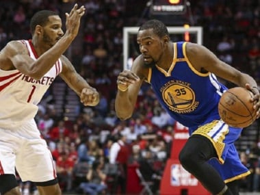 NBA roundup: Warriors crush Rockets for sixth straight win, Hornets recover with Raptors win