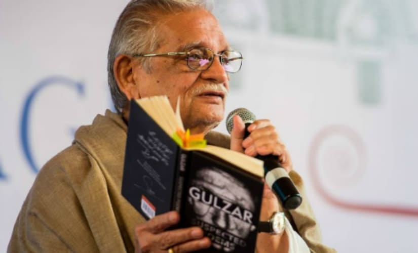 Gulzar at the Jaipur Literature Festival. Instagram @jaipurlitfest