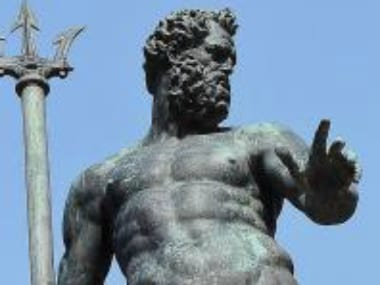 The statue of Neptune. Image Courtesy: Wikimedia Commons