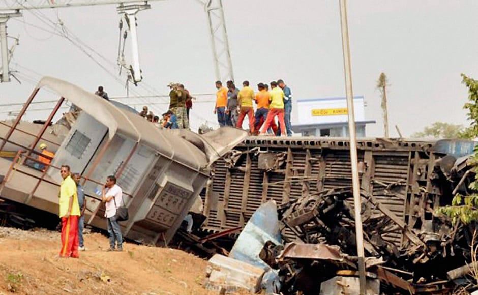 At least 39 people were killed and 50 others were injured as seven coaches of the Jagdalpur-Bhubaneswar Hirakhand Express derailed near Kuneru station in Vizianagaram district of Andhra Pradesh late Saturday night. PTI