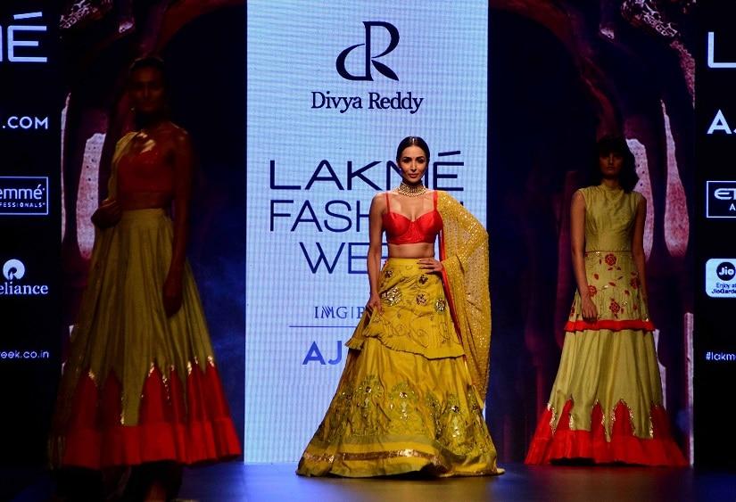 Bollywood actor Malaika Arora displays the creation of fashion designer Divya Reddy during the Lakme Fashion Week Summer/Resort 2017, in Mumbai, India on February 5, 2017.(Sanket Shinde/ SOLARIS IMAGES)