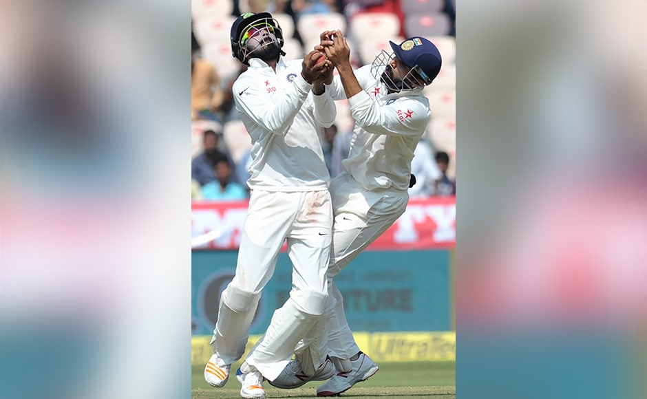 India's K.Rahul (L) and Murali Vaijay try to catch the ball off the wicket of Bangladesh's Taijul Islam on the fifth day of a solo Test match between India and Bangladesh at the Rajiv Gandhi International Cricket Stadium on February 13, 2017. IMAGE RESTRICTED TO EDITORIAL USE - STRICTLY NO COMMERCIAL USE----- / GETTYOUT