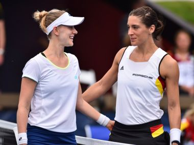 Alison Riske beat Andrea Petkovic to give USA a 1-0 lead over Germany. Image courtesy: Twitter/@USTA