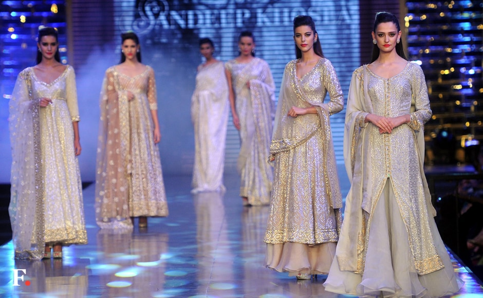 The fashion show was hosted by Fevicol and it took place inside the NSCI Stadium, Worli. Sachin Gokhale/Firstpost